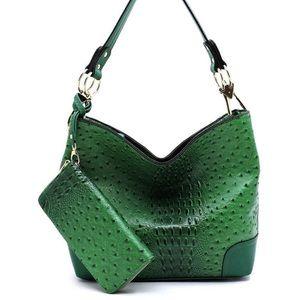 Alligator 2-1 Bucket bag. Faux vegan leather